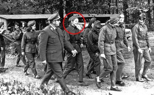 Fr. Sauer alias Angela Merkel IM-Erika